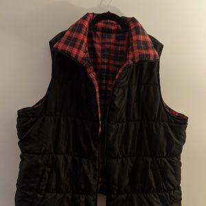 Plus Size Reversible Puffy Vest